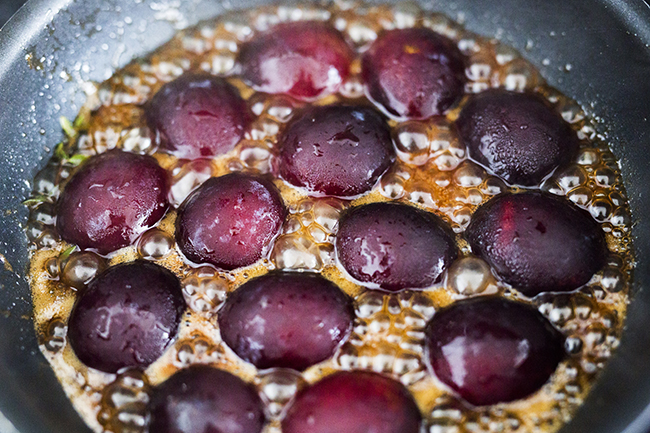 No-Bake Plum Tart With Mascarpone, Thyme, And Gingersnap Crust